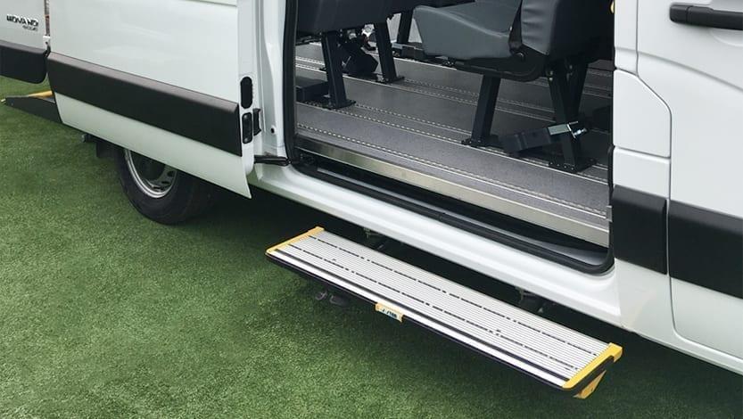 gradini rientranti con azionamento a pedale GX-3 di Stem Technology